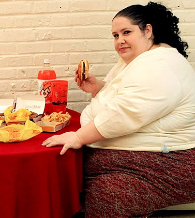 Woman Aims to be Fattest